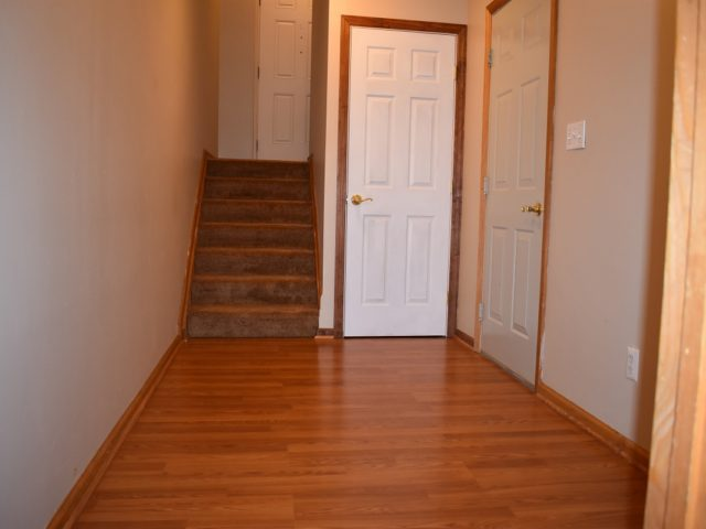 Hallway-Lower-Level-640x480